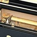 """Коллекция Музыкальные шкатулки 3 наименования стоимостью от 37900 до 37990 руб. Музыкальная шкатулка для  драгоценностей – это всегда очень сентиментальный и, в тоже время, абсолютно функциональный подарок. Великолепная фактура дерева проработана самым искусным образом, а инкрустированная на поверхности корпуса итальянская  мозаика становиться безупречным дополнением """"романтичного ансамбля"""". Купите музыкальную шкатулку для драгоценностей своей любимой – нежные звуки музыки обязательно создадут настроение."""